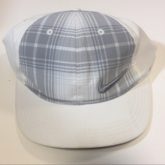 Nike  women s golf cap hat white Velcro 72e4c4c6ae9